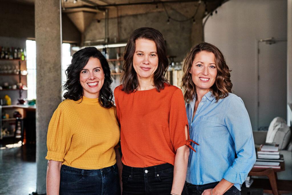 3 associées de l'agence Cervidés